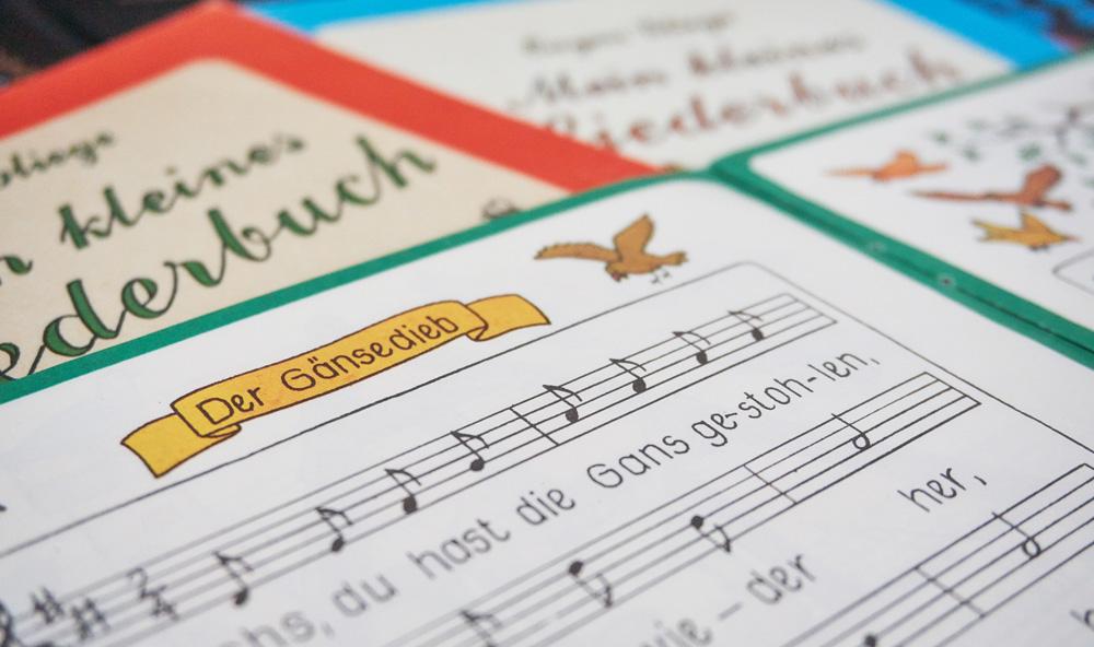 Ddr Weihnachtslieder Texte.Singen Mit Kindern Kostenfreie Texte Deutscher Kinderlieder