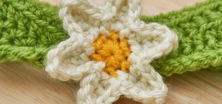 Kopfband mit Blume häkeln